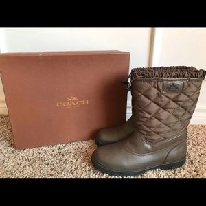Authentic coach winter boots